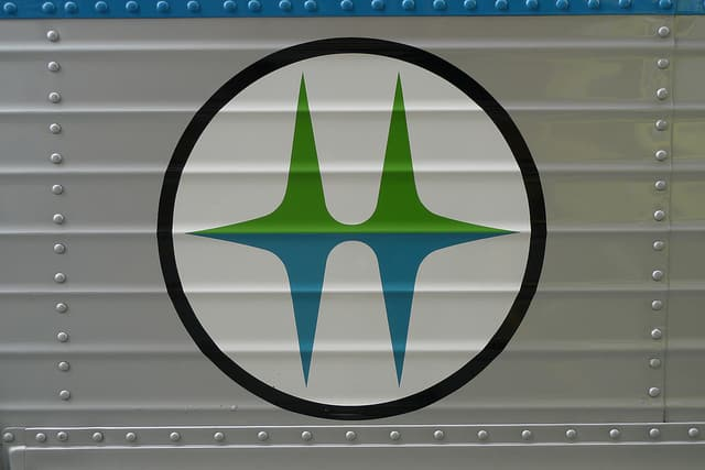 BC Hydro logo by Jason V via Flickr (CC BY SA, 2.0 License)