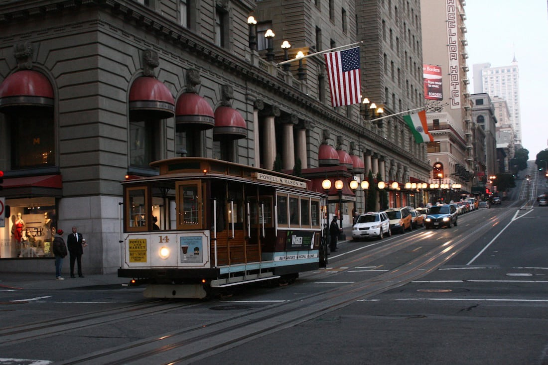 Westin St. Francis Hotel ~ Union Square ~ Down Town San Francisco, California by Prayitno via Flickr (CC BY SA, 2.0 License)