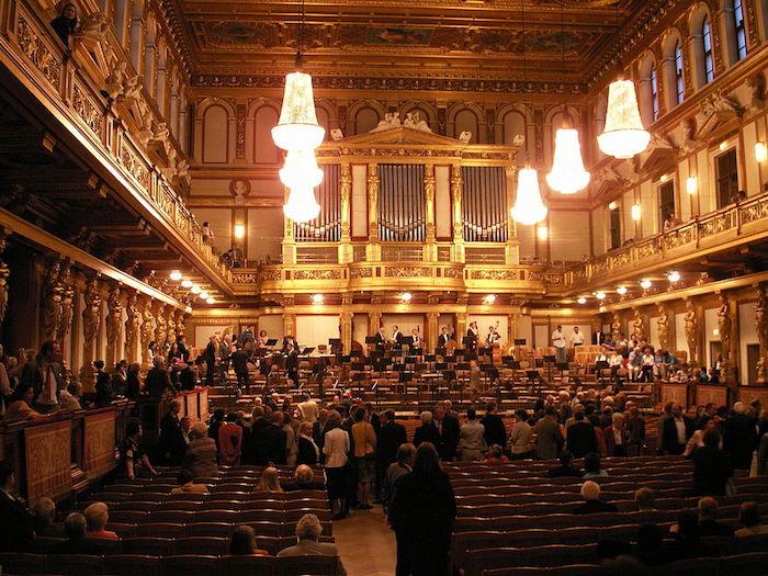 """Musikverein Wien, Großer Saal"" by Welleschik via wikipedia (CC BY SA, 3.0 License)"