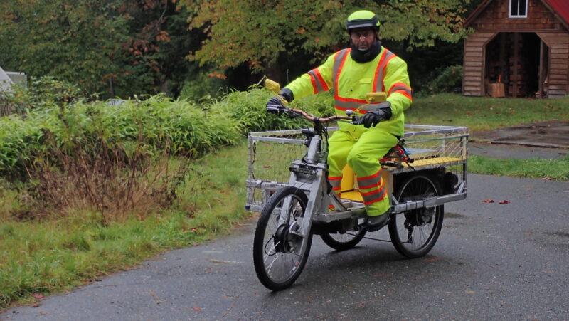 Gabriel Dinim's cargo e-trike
